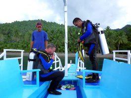 scuba divers 8