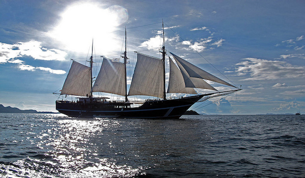 Liveaboard vessel Raja Ampat 1